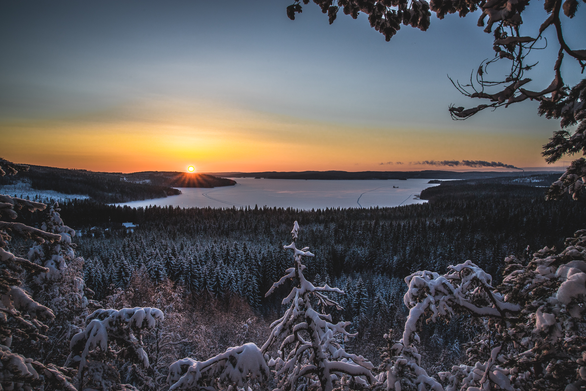 Winter sunset atop Mäyrävuori